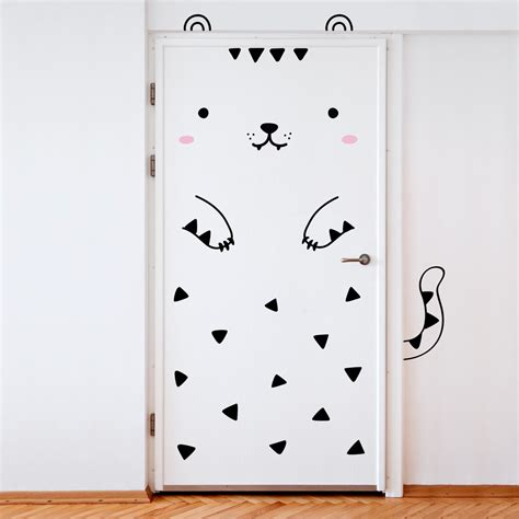 cute ways to decorate your bedroom door a simple way to decorate a kids bedroom door decals be