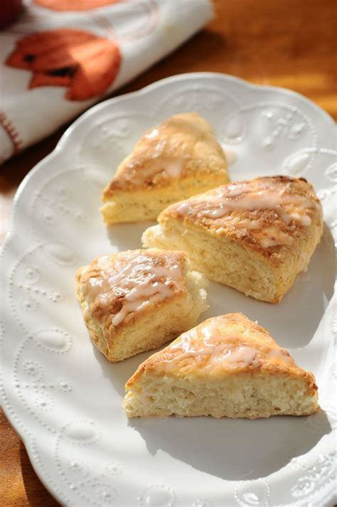 Light Scones Easiest Vegan Scones Light And Fluffy And Only 3