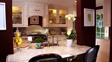 Small Kitchen Design Ideas And Solutions Hgtv Hgtv Kitchen Island Ideas