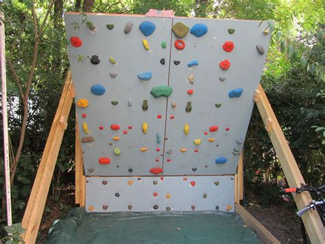 Backyard Climbing by Rock Climbing Photo Backyard Wall What Does Your Woody