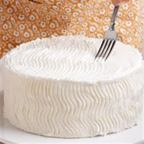 easy ways to decorate a cake at home cake decorating on pinterest by sarahjimupdike birthday
