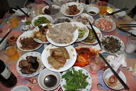 new year dinner in year of the laowai lisha
