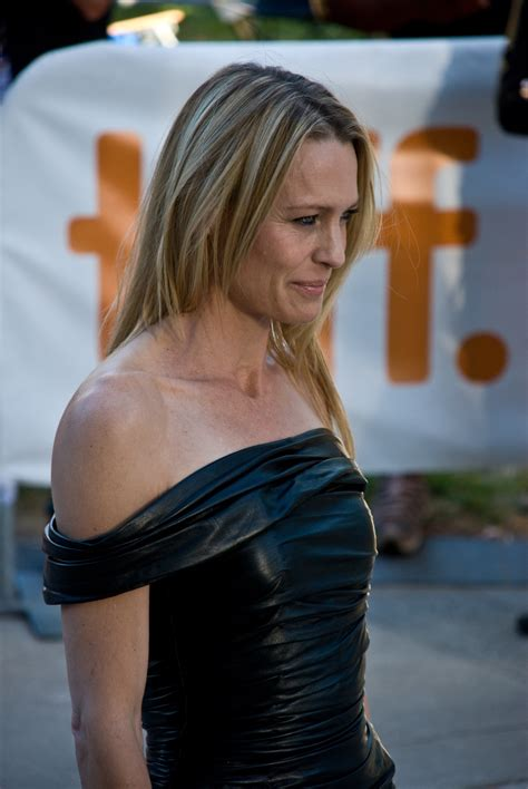 robin wright wikipedia the free encyclopedia new style for 2016 2017 file robin wright penn at tiff 2009 jpg wikipedia