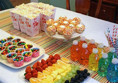 16 cute christmas party food ideas 50 ideias de decora 231 227 o de festa infantil dicas incr 237 veis e criativas