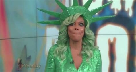 Wendy Williams Memes - wendy williams collapses on live tv as she faints in the