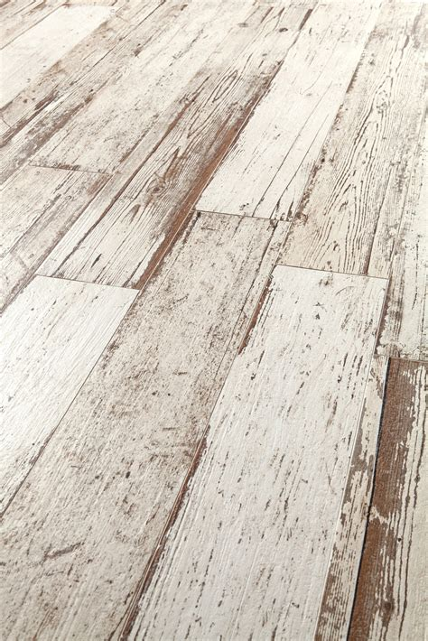 Distressed Rustic Wood Flooring - amazing distressed wood looking tile