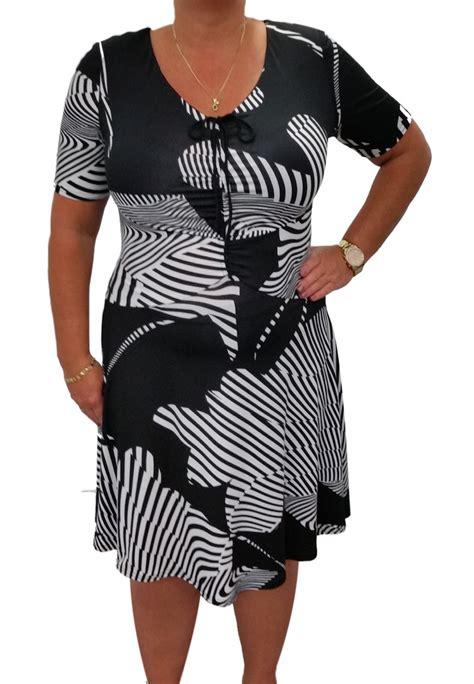black  white  silhouette dress michael tyler