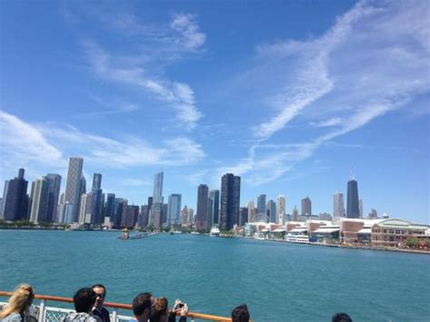 chicago architecture boat tour rain view of downtown chicago from lake michigan picture of