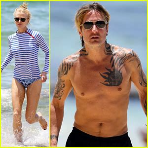 tattoo on keith urban s chest keith urban tattoos tattoo collections