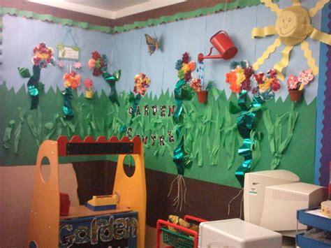 themes ks2 garden theme classroom ideas garden cenre display