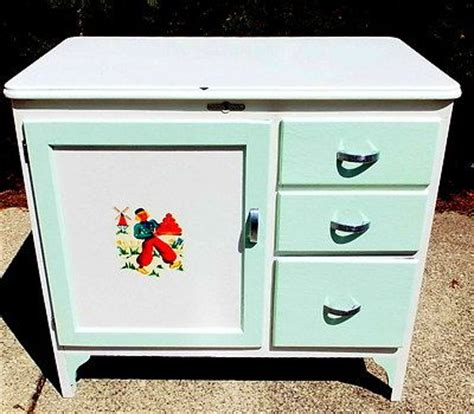 Vintage Enamel Top Kitchen Cabinet Antique Vintage C1930s Napanee Bread Cabinet Hoosier Style Enamel Top Restored Ebay 425 Vg