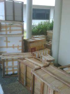 Packing Kayu Khusus Untuk Barang Pecah Belah Sulap Trik Magic Mainan jasa packing with wooden askmover indonesia
