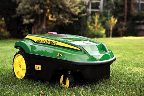 robot per giardino robot rasaerba giardinaggio caratteristiche dei robot