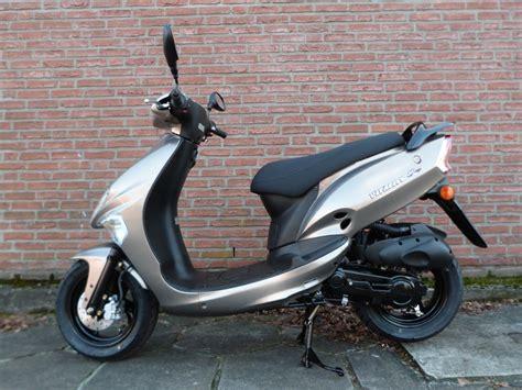 Bmw Motorrad Ersatzteile Mönchengladbach by Vitality 50 2 Takt Turbomaxx Motorr 228 Der Und Motorroller