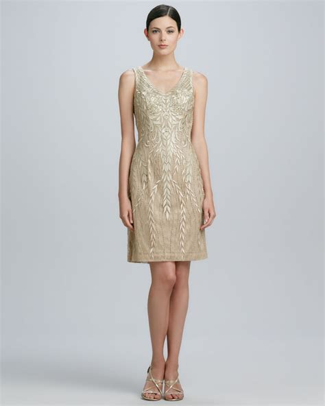 Sue Wong Sleeveless Beaded Cocktail Dress In Gold Beige