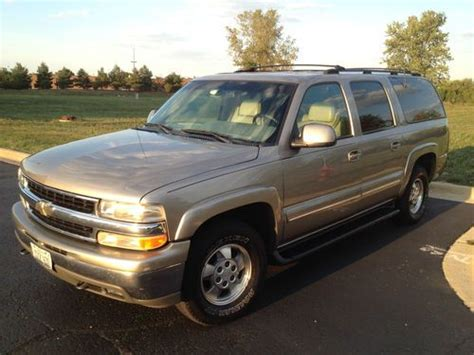 how to sell used cars 2001 chevrolet suburban 2500 electronic valve timing sell used 2001 chevrolet suburban 1500 lt sport utility 4 door 5 3l in geneva illinois united