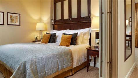 soggiorno a budapest soggiorno di 3 notti in junior suite presso il corinthia