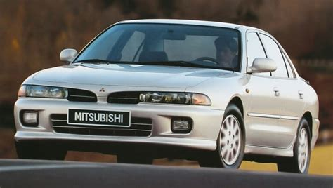 9 cars that were popular with 90s college students