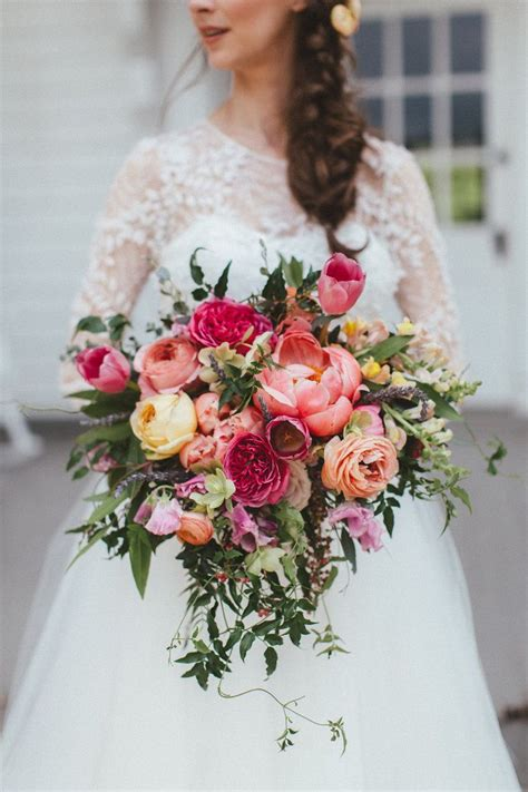 Wedding Flowers Bridal Bouquets by Tennessee And Collin Chic Colorful Wedding In Dallas Tx