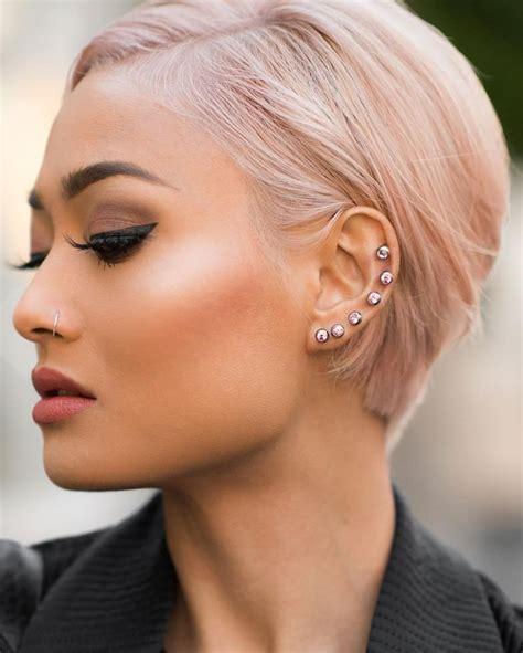wife pierced ears 17 beste afbeeldingen over vrouwen kort haar op pinterest