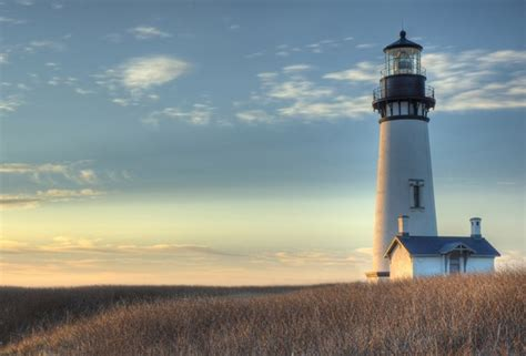 lighthouse lincoln wallpaper lighthouse field yaquina light
