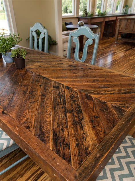 Dining Room Table Reclaimed Wood by Dining Room Pictures From Cabin 2014 Diy Network
