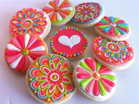cookie designs funky girly flower cookies hayleycakes and cookies