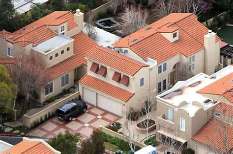 Kourtney S House by The Family Real Estate Up Huffpost Uk