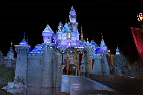 disney wallpaper windows 8 high quality castle wallpapers free