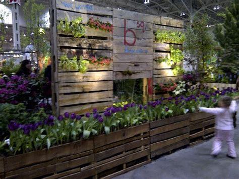Pallet Garden Wall Pallets Pinterest Pallet Wall Garden