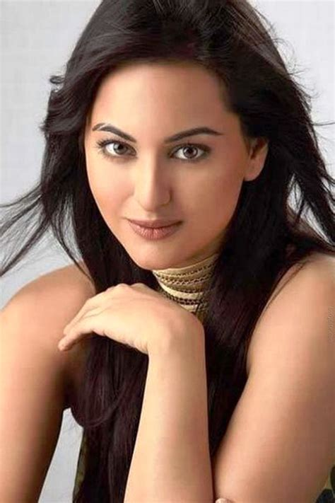 film india heroine beautiful bollywood actress sonakshi sinha