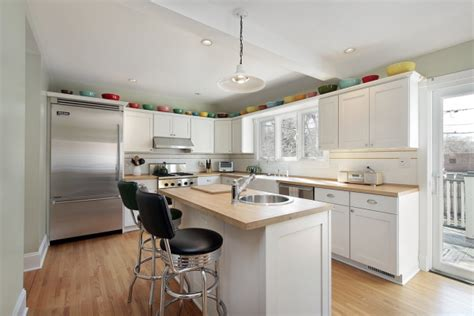 White Hutch Cabinet by Small Kitchen Makeovers White Cabinets Home