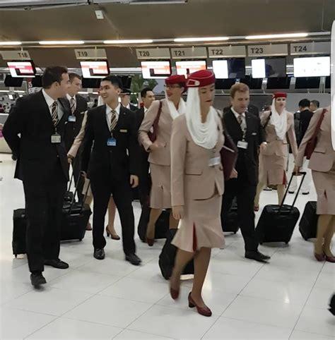 emirates cabin crew walking  suvarnabhumi airport bangkok thailand july   youtube