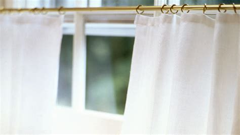 how to hang caf 233 curtains southern living how to measure for cafe curtains home fatare