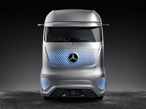 future mercedes truck mercedes autonomous future truck 95 octane