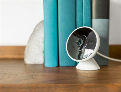 review logitech s circle 2 brings homekit compatibility