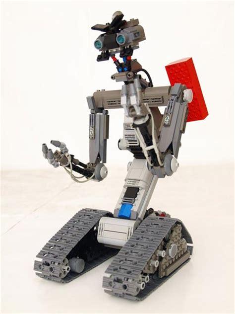 film robot johnny 5 lego johnny five is n t alive geekologie