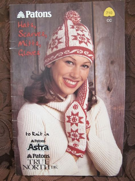 knitting patterns hats scarves gloves patons knitting patterns hats scarves mitts gloves adults
