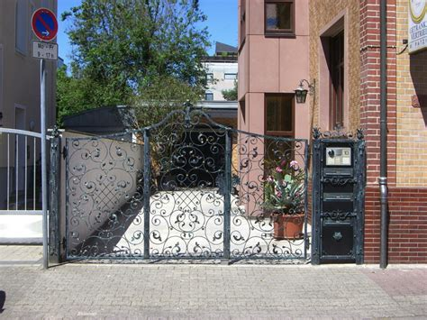 Einfriedung Aus Metall by Tore Und Einfriedungen Aus Metall 187 Mainlink