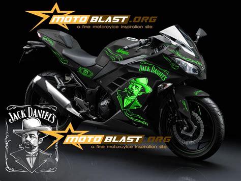 Striping Lis Stiker Satria Fu 2014 Bintang 5 kawasaki 250r fi black motoblast