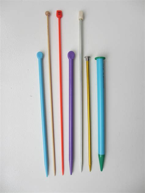 knitting needle get to the different types of knitting needles