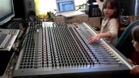 Mixer Soundcraft Spirit Lx7 24 Cnl soundcraft spirit 24 8 dub siren to quadraverb tannoy