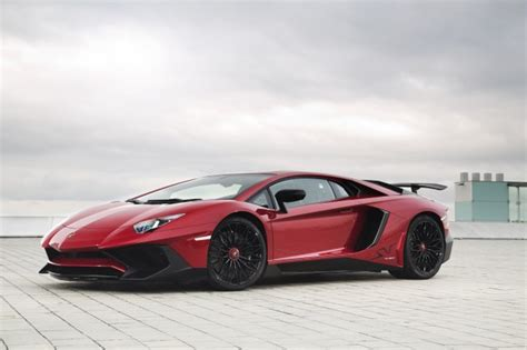 How Much Horsepower Does Lamborghini Aventador How The Lamborghini Centenario Lp 770 4 Differs From The