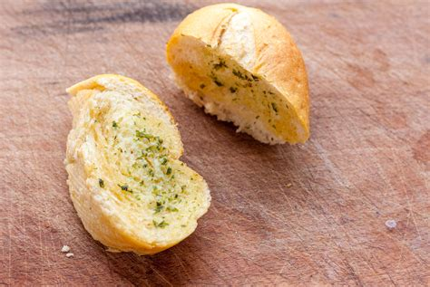 Gold Bread Lover by Bad News For Garlic Bread Six More Types Recalled