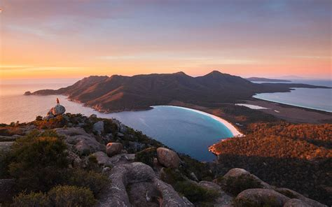 zoom backgrounds  tourism australia  virtual travel