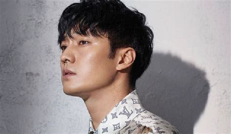 so ji sub taiwan 2018 so ji sub covers marie claire taiwan for april 2017