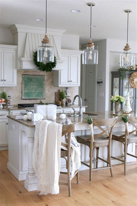 Kitchen Pendant Light Ideas by Best 25 Farmhouse Pendant Lighting Ideas On Pinterest