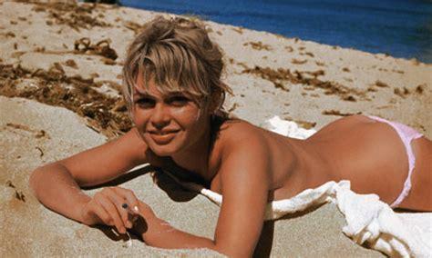 Big Backyard Hillcrest Sunbathing Mo 239 Cani L Od 233 Onie