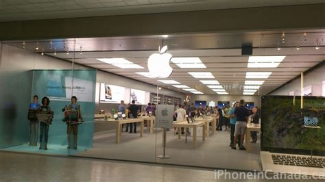 look ottawa s bayshore mall apple store pics