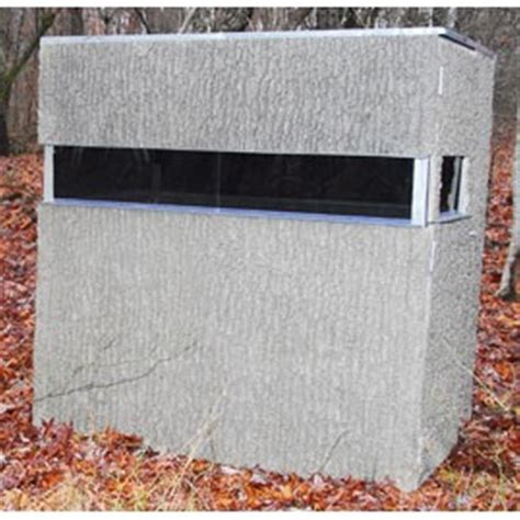 Lightweight Deer Blinds outer armour 174 the lightweight 4x6 ground blind 204358 ground blinds at sportsman s guide